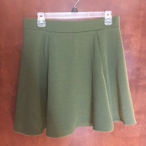 Green H&M skirt size medium